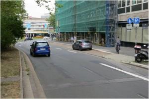 """Huyssenallee: RadfahrerInnen werden auf den Bürgersteig """"wegorganisiert"""""""