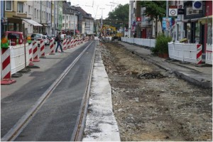 Verpasste Chance: Zusätzliche Querungshilfe an der Witteringstraße fehlt weiterhin (Baustellensituation August 2013)